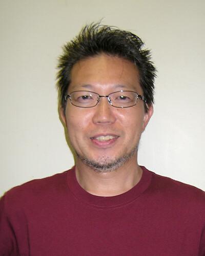 横須賀 貞夫 氏
