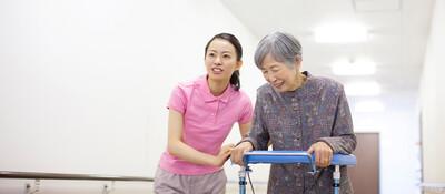 介護業界特化の人手不足解消低リスク高粗利人材紹介ビジネスモデル